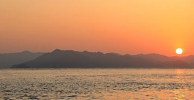 Sunrise from Afuera
