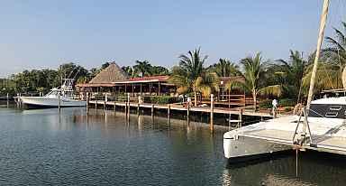 Robert's Grove marina